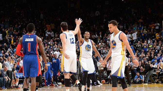 Thompson, Warriors hold off Pistons for fifth straight win