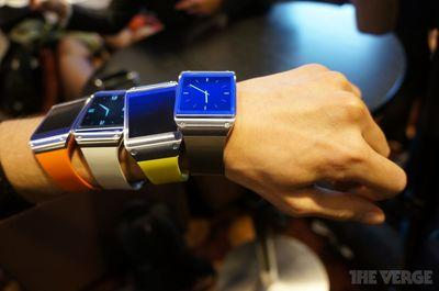 Samsung believes wearables 'will create a new era of power dressing' in 2015