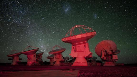 Giant Radio Telescope to See Alien Planet Birth in HD