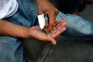 Synthetic marijuana may look like pot to the naked …