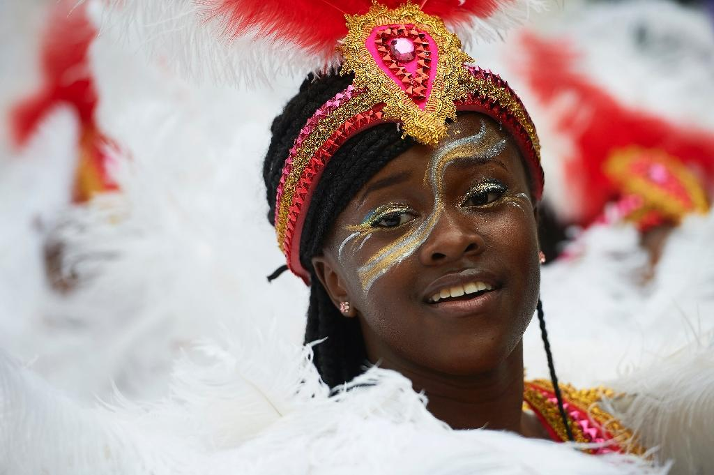 London's colourful Notting Hill Carnival kicks off