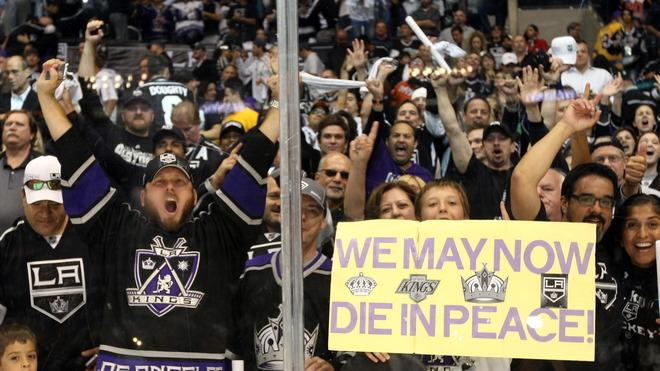 Los Angeles Kings Fans Getty Images