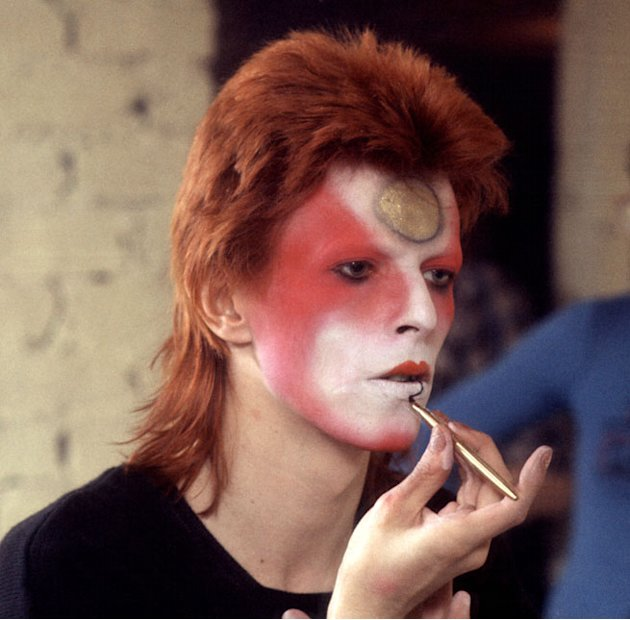 Get David Bowie Beauty Thanks To Selfridges And Illamasqua