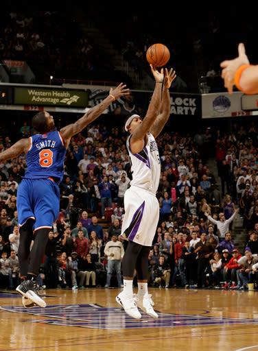 Johnson makes 3 at Buzzer, Kings beat Knicks
