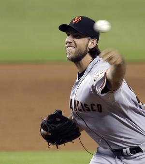 Sandoval's homer helps Giants beat Marlins 9-1