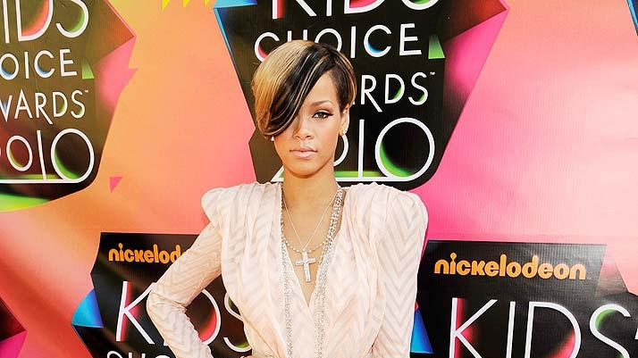 Singer Rihanna arrives at Nickelodeon's 23rd Annual Kids' Choice Awards held at Pauley Pavilion at UCLA on March 27, 2010 in Los Angeles, California.