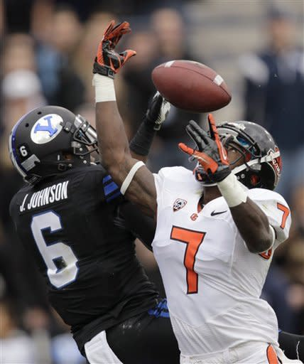 Vaz 3 TDs lift No. 10 Oregon State over BYU 42-24