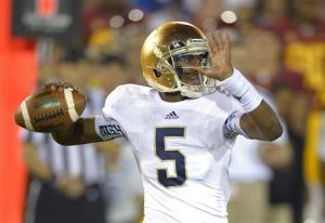 No. 1 Notre Dame beats USC 22-13, earns title shot