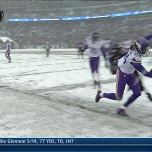 Cordarrelle Patterson's run called back