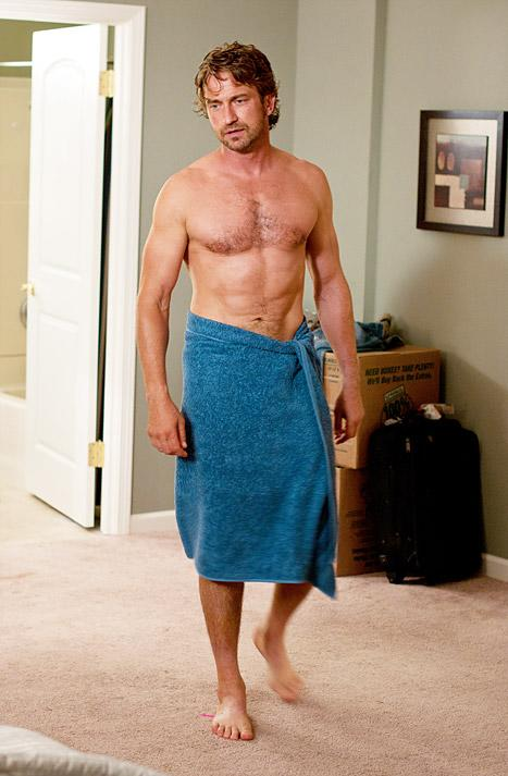 See Gerard Butler in Nothing But a Wet Towel!