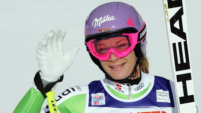 Riesch wins Cortina downhill, eyes Vonn's titles
