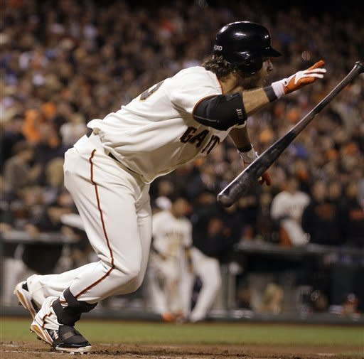 Crawford's single in 9th lifts Giants over Padres