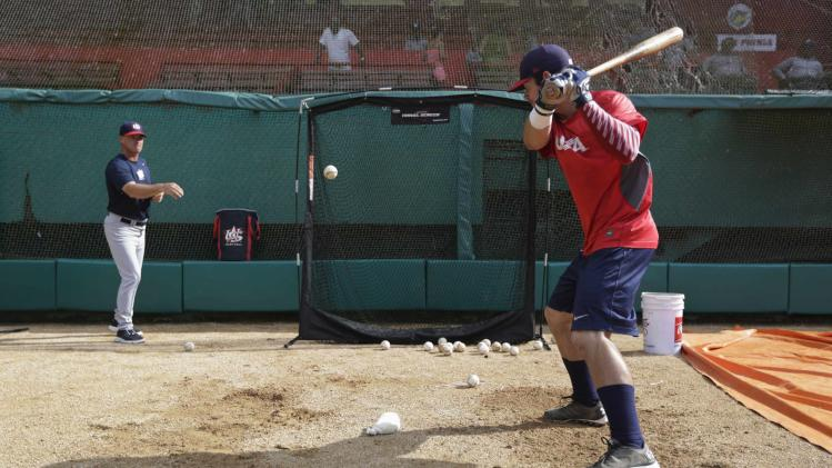 Banks bats during a training session in the province of Matanzas