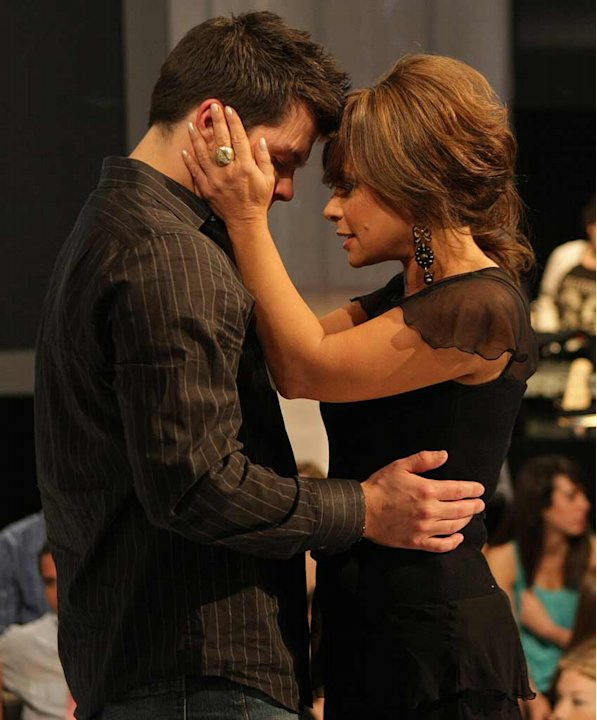 Paula Abdul talks with eliminated contestant Jason Yeager from the 7th season of American Idol. 