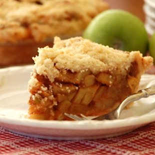 Celebrate the season with delicious apple pie!
