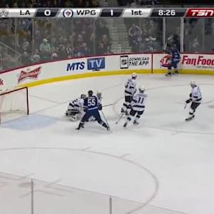Jonathan Quick Save on Dustin Byfuglien (11:33/1st)