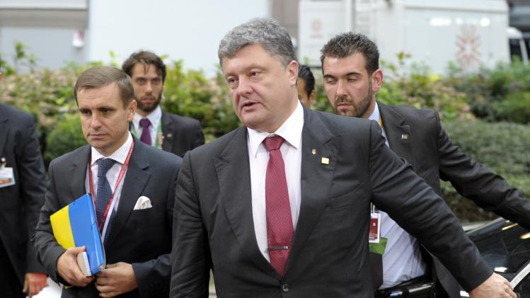 Poroshenko arrives at the European Council headquarters in Brussels