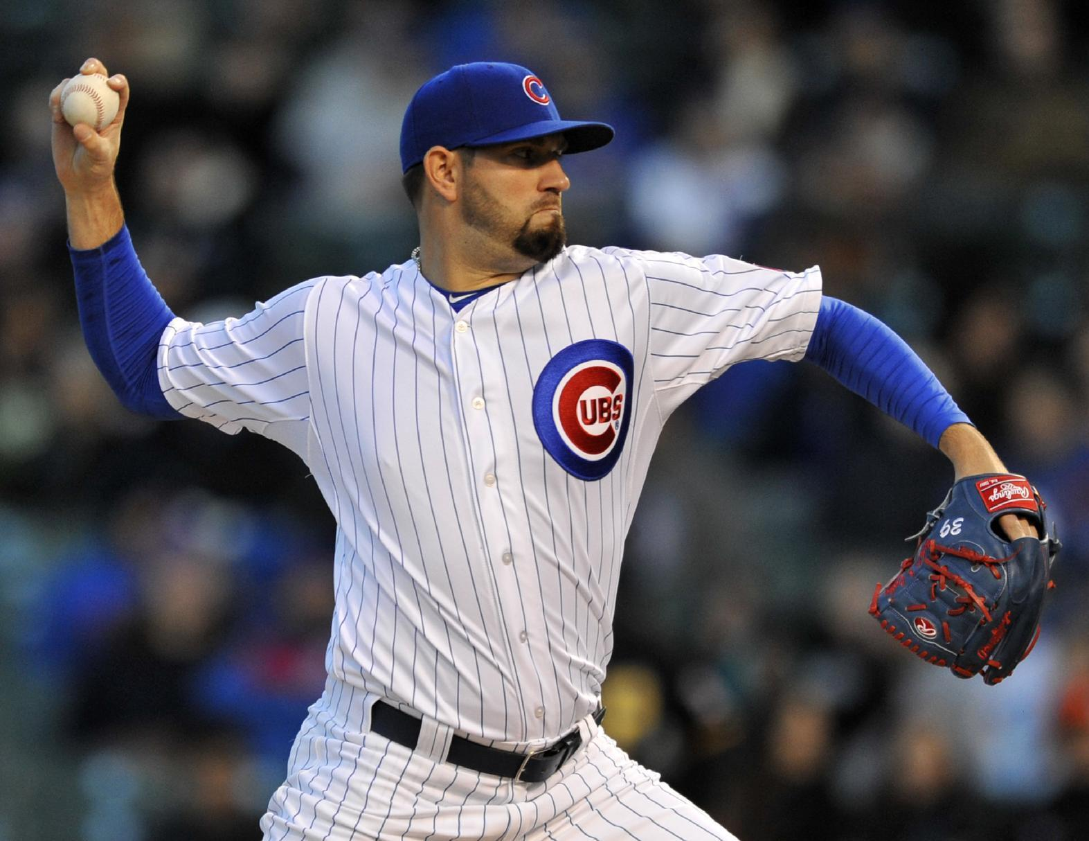 Bryant, Hammel, Cubs beat Pirates; fan injured by flying bat