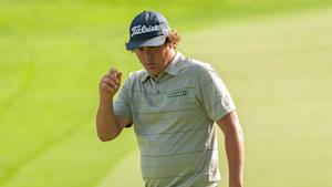 Dufner's record round surpasses his hero, Hogan