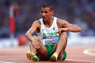 Taoufik Makhloufi sits on the track in the Men&amp;#39;s 1500m Semi Final (Getty Images)