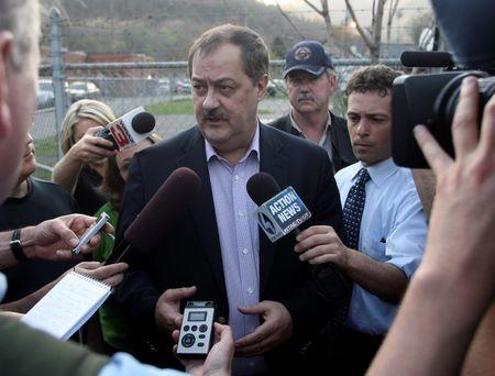 Jury in ex-Massey CEO mine blast trial still deadlocked