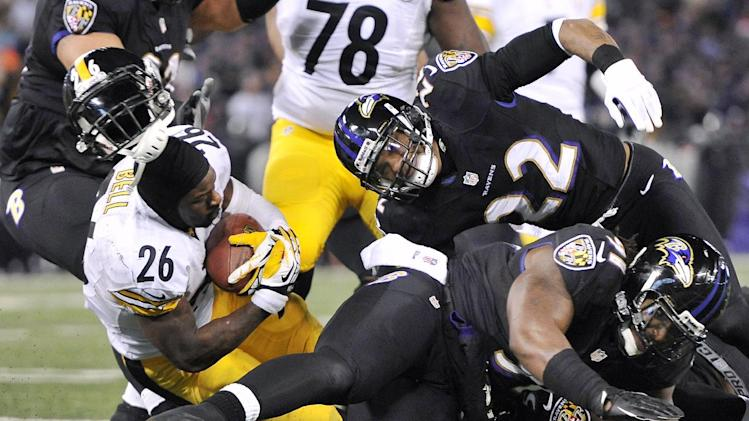 Steelers RB Bell feels 'lucky' after big hit