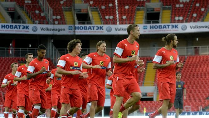 Unbeaten Austria will qualify from Group G with three games to spare if they beat Moldova in Vienna and Russia fail to beat Sweden in Moscow
