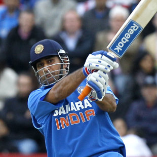The secret behind Dhoni's massive sixes