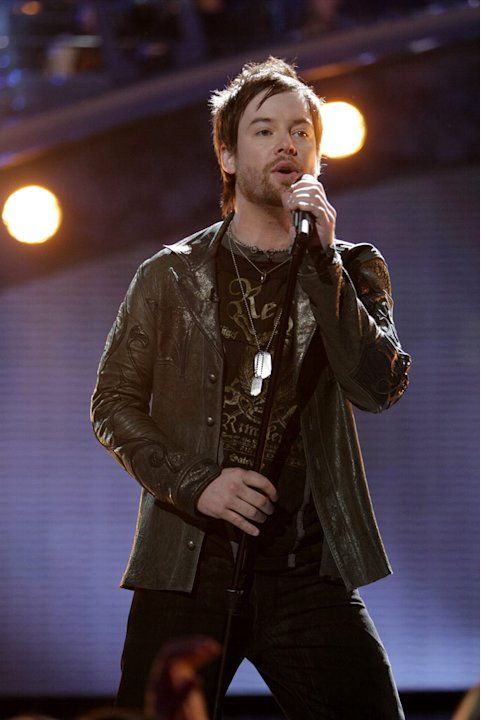 David Cook performs as one of the top 4 on the 7th season of American Idol.