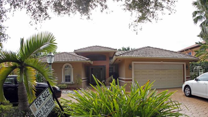 This Thursday, Sept. 27, 2012 photo shows a home for sale in Miami Lakes, Fla. U.S. sales of previously occupied homes fell in September after hitting a two-year high in August, in part because there were fewer homes available for sale. The National Association of Realtors said Friday, Oct. 19, 2012 that sales dipped 1.7 percent to a seasonally adjusted annual rate of 4.75 million. That's down from a rate of 4.83 million in August, which was the highest in more than two years. (AP Photo/Alan Diaz)