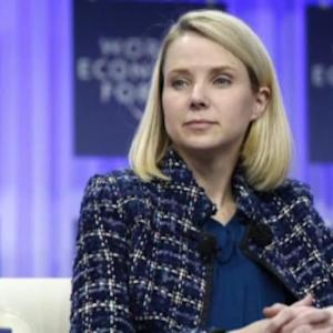 Yahoo's Mayer, Apple's Cook: What Do They Do Next?