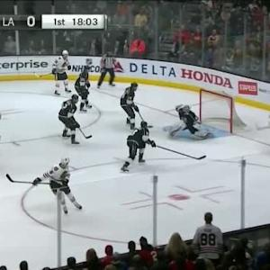 Patrick Kane Goal on Jonathan Quick (01:58/1st)
