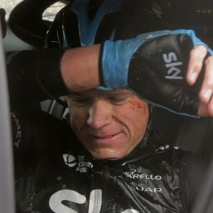 Froome Crashes Out on Bumpy 5th Tour Stage