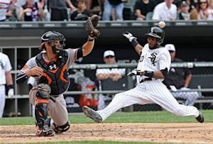 Dunn's homer lifts White Sox over Orioles