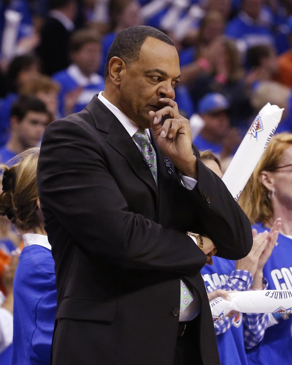 Memphis Grizzlies head coach Lionel Hollins pauses on the sideline against the Oklahoma City Thunder during the first quarter of Game 1 of their Western Conference Semifinals NBA basketball playoff series in Oklahoma City, Sunday, May 5, 2013. (AP Photo/Sue Ogrocki)