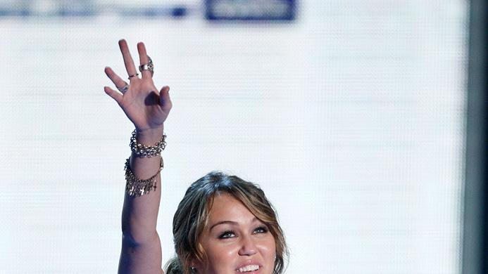 MTV Movie Awards Show Photos 2009 Miley Cyrus