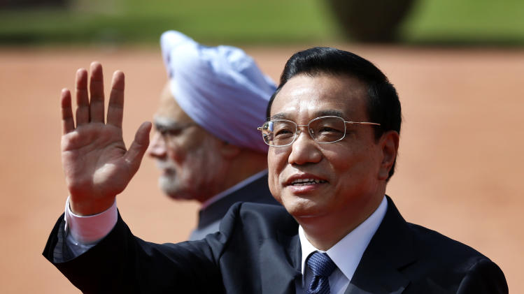 China's Li seeks stronger economic ties with India