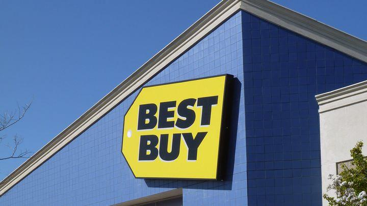 Cyber Monday at Best Buy features half off 3DS games, $50 off Xbox bundles and other discounts