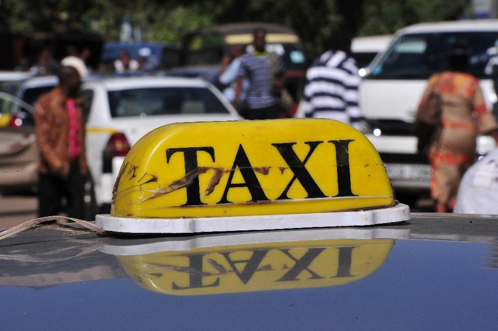 Kenya taxi rivalry turns violent over Uber