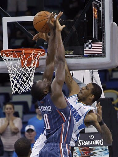 Bobcats hold on to beat Hornets 73-71