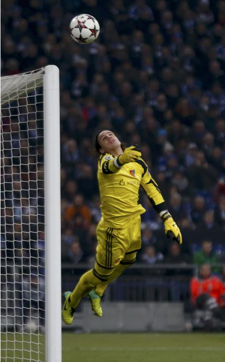 FC Basel's Sommer makes a save during their Champions League group E soccer match against Schalke 04 in Gelsenkirchen