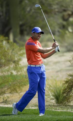 Garcia concedes long putt, falls to Fowler