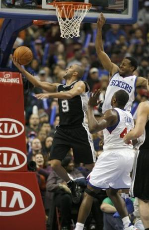 Parker scores 37, leads Spurs over 76ers 100-90