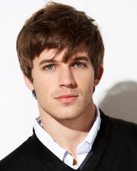 Matt Lanter Set As Male Lead In CW Pilot 'Oxygen', 'Bad Management' Adds To Cast