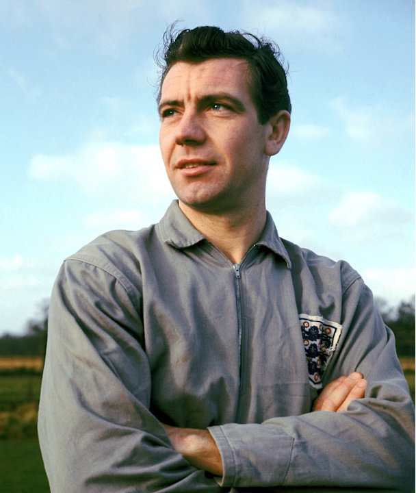 10= - Johnny Haynes - 22 caps as captain - Pictured 1962