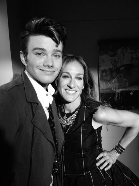 Chris Colfer and Sarah Jessica Parker as Kurt and Isablle on the 'Glee' set -- Ryan Murphy/Twitter