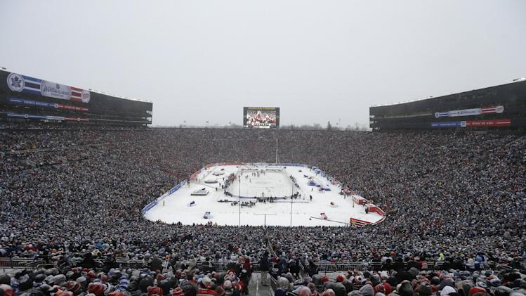 Only two outdoor hockey games for NHL in 2014-15 season?