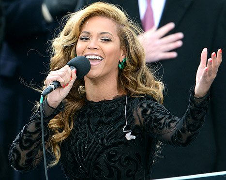 "Beyonce Lip-Synch Scandal: She ""Didn't Think There Was Anything Wrong"" With Using Pre-Recorded Track"