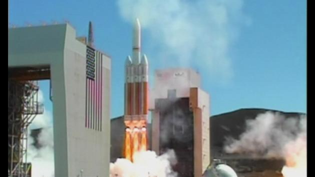 America's biggest rocket blasts spy satellite into space