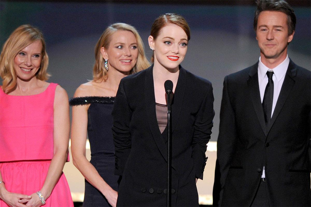 Emma Stone's face after she tripped Naomi Watts at the SAG awards is priceless
